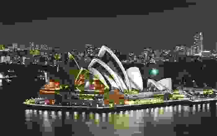 Sydney Opera House, iluminado de noche
