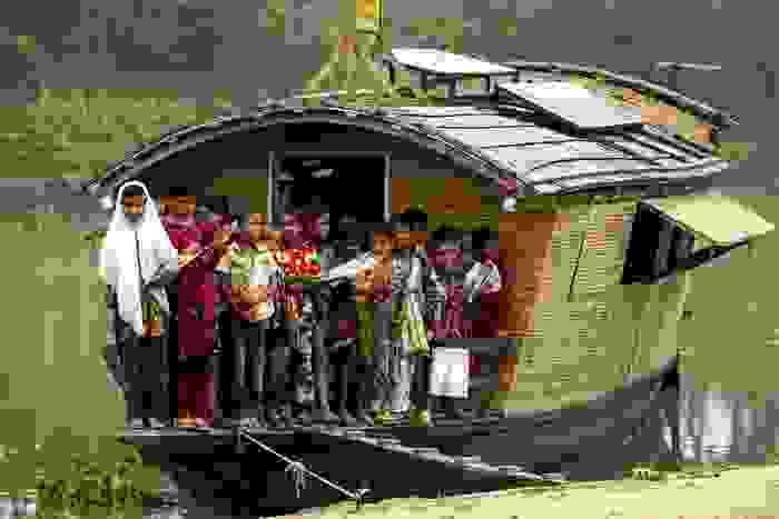 Escuela ambulante con paneles solares