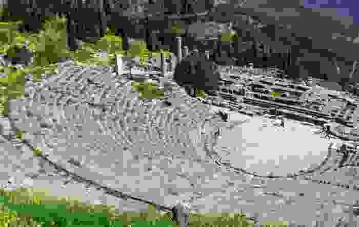 El antiguo anfiteatro de Delphi