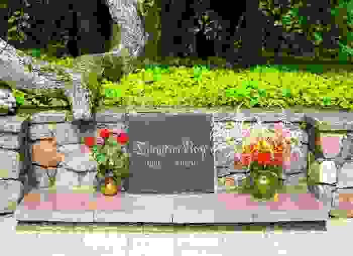 Monumento a La Rosa de Turaida