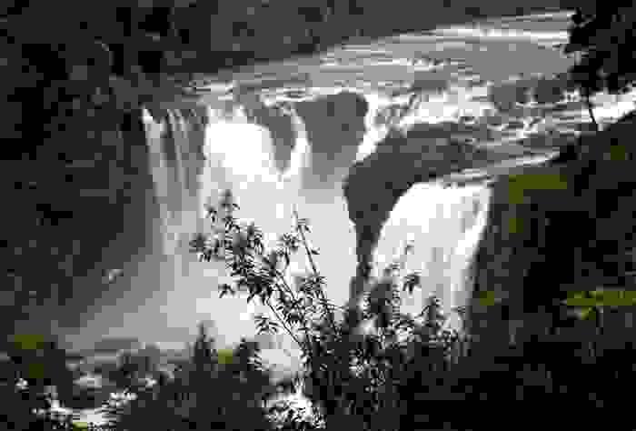 Cataratas Salto del Río Monday