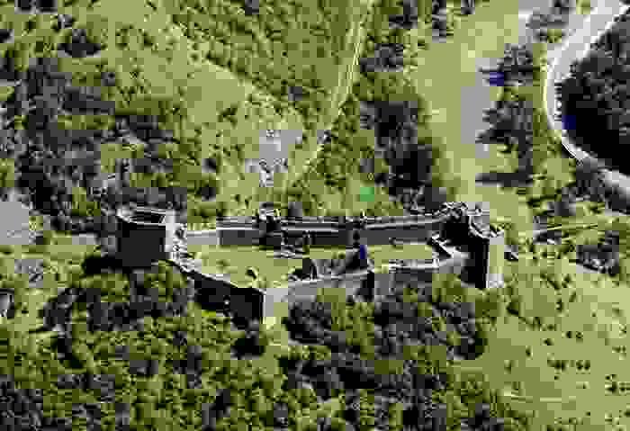 Fortaleza Maglic de la Edad Media