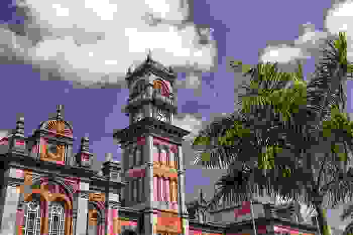Escuela de secundaria de la capital, la segunda más antigua del país