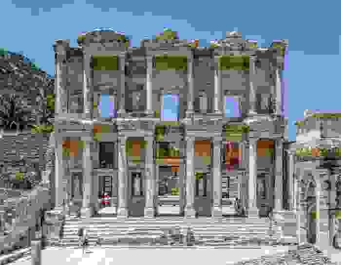 Fachada de la Biblioteca de Éfeso